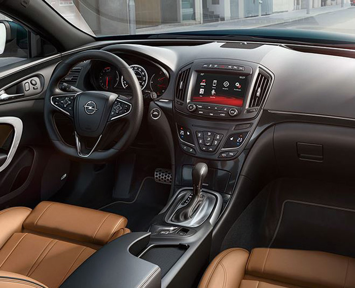 Yeni Opel İnsignia İç Mekan