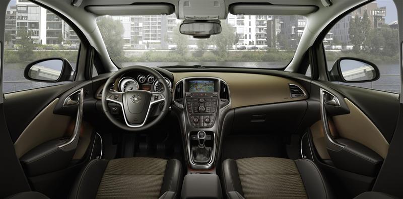 Opel-Astra-Tourer-Modeli