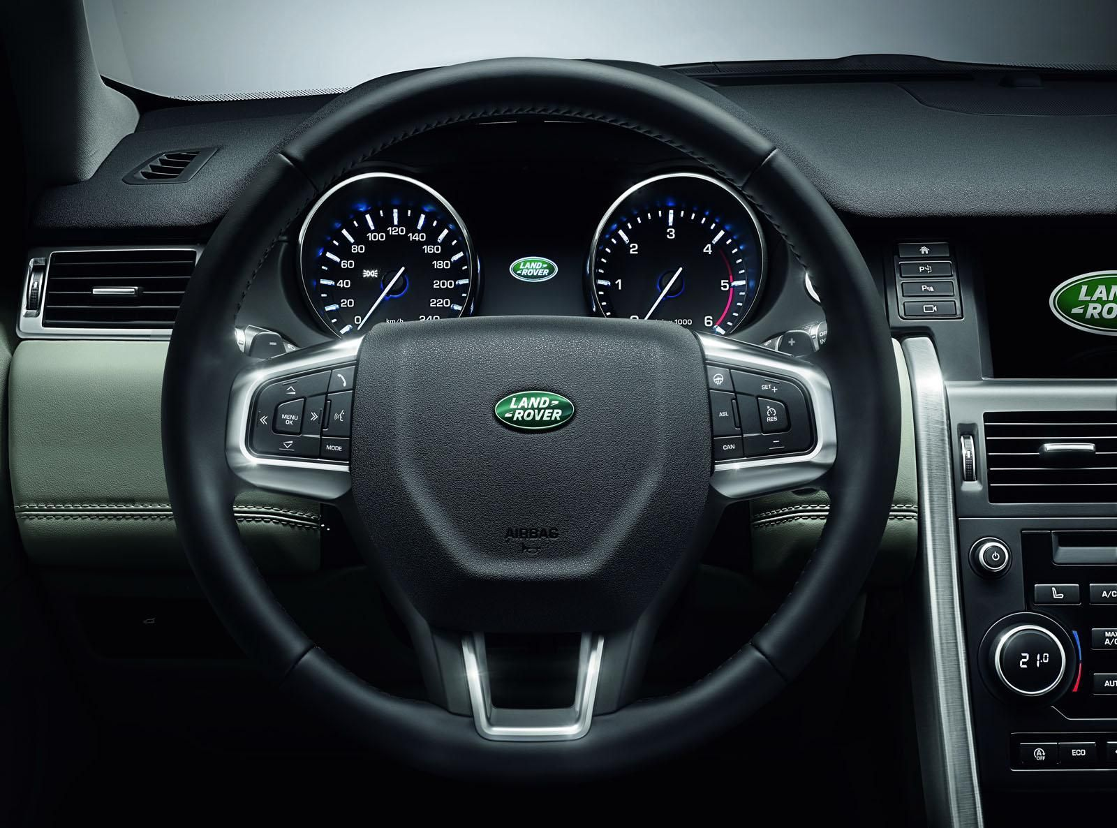 land rover discovery sport kokpit