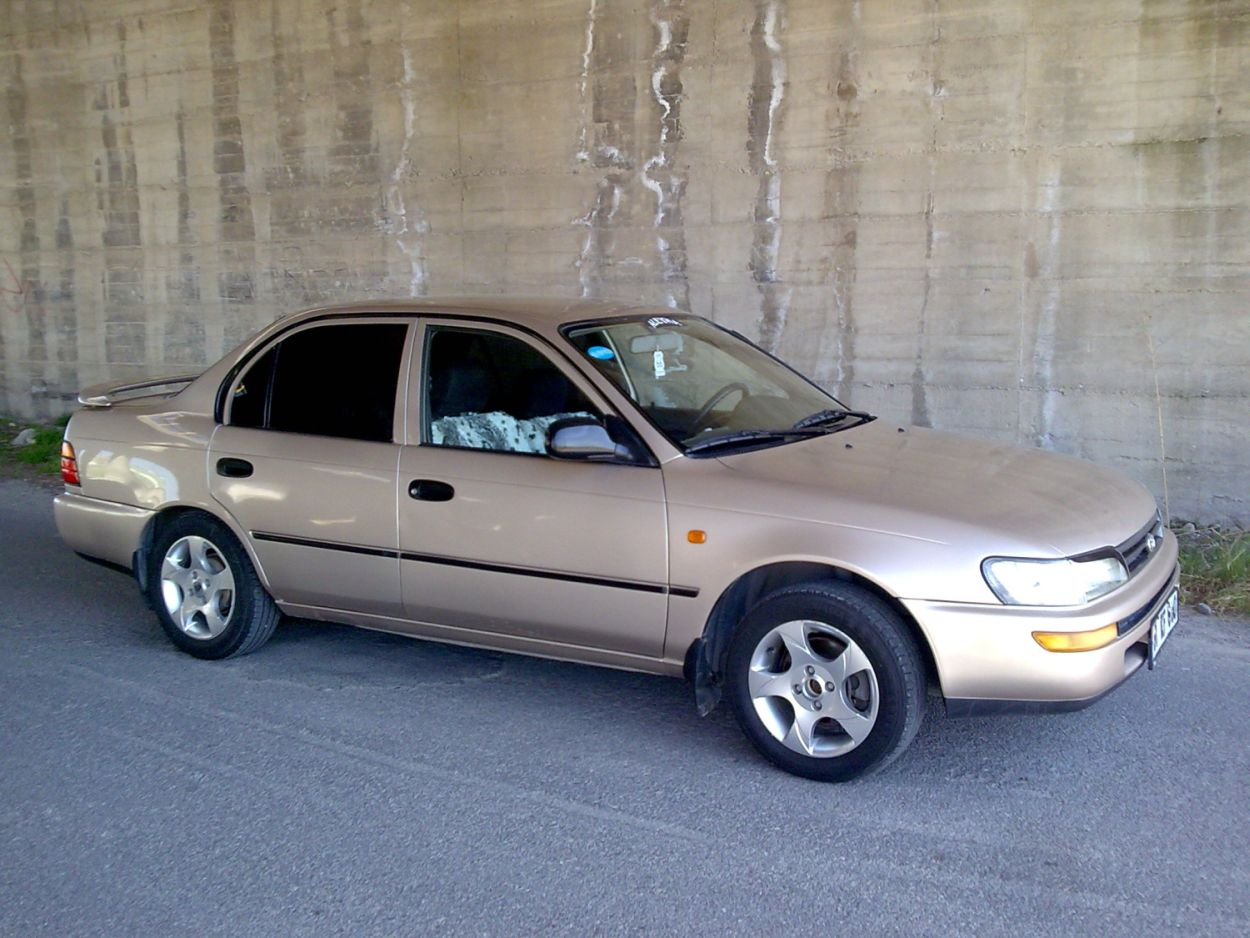 1997 Model Toyota Corolla
