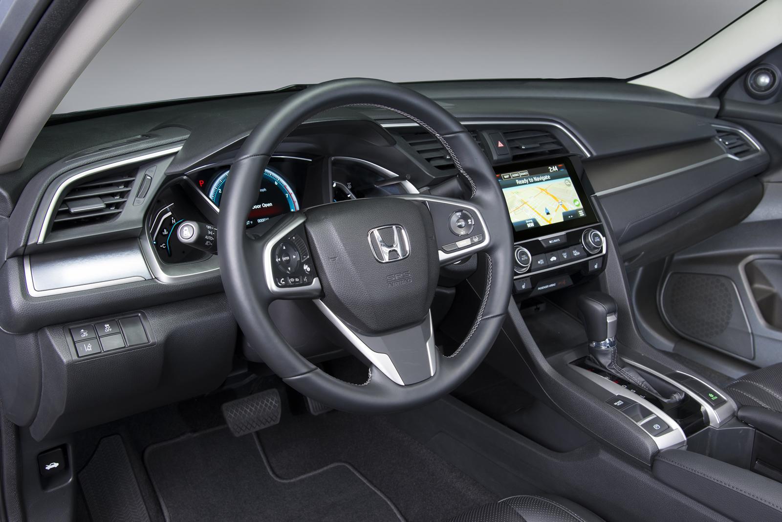 2016 Honda Civic Sedan İç Mekan Tasarımı