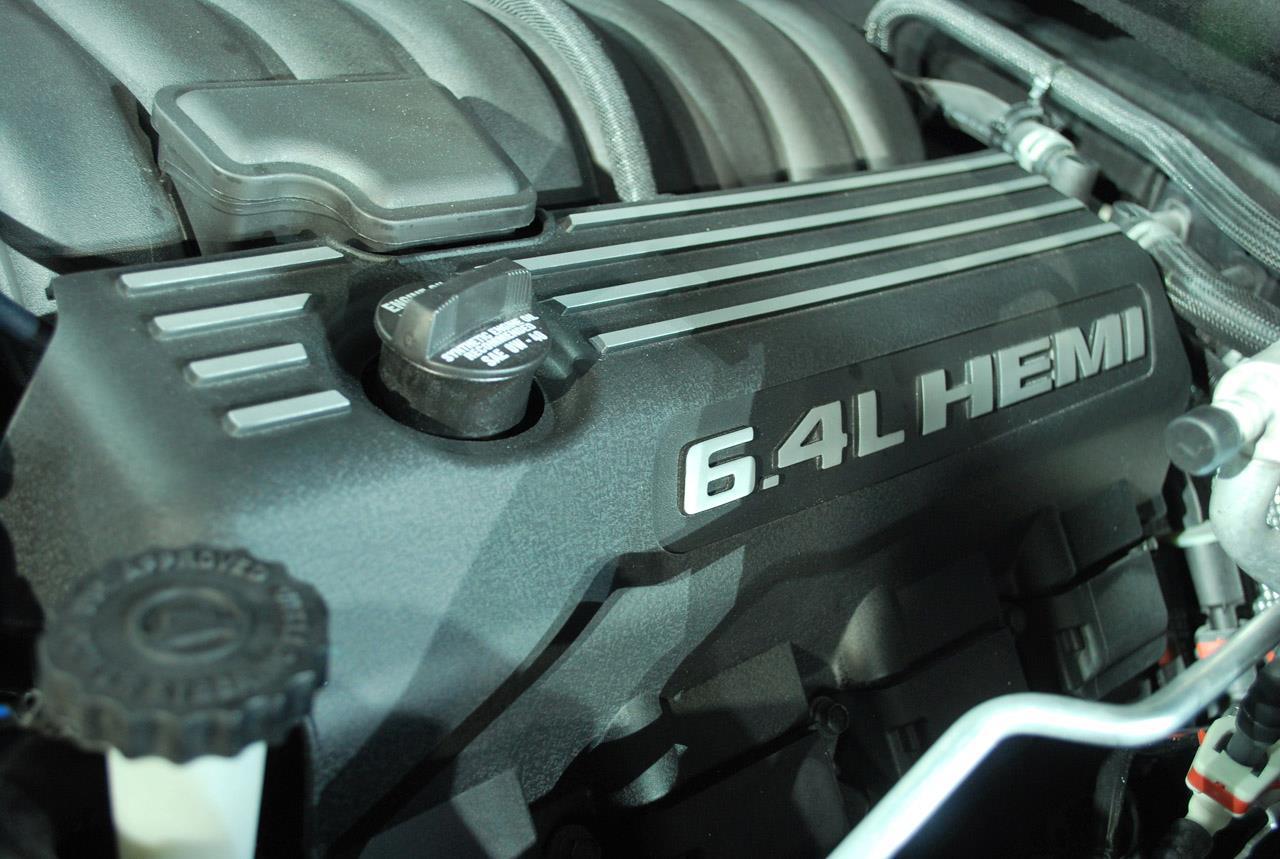 6.4 Litre Hacminde Araç Motoru
