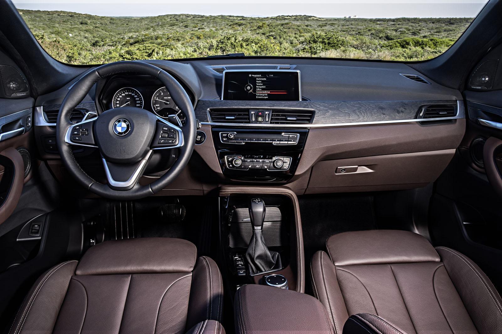 Yeni BMW X1 İç Mekan Tasarımı
